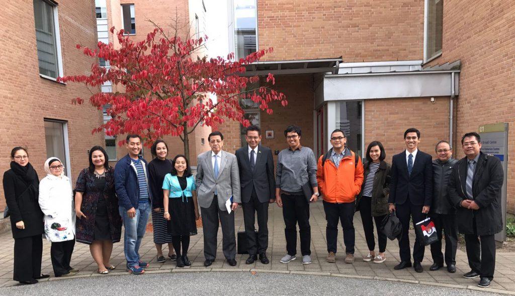 PPI Swedia di Lund bersama Dr. Hassan Wirajuda, Duta Besar Bagas Hapsoro, KBRI Stockholm, dan Kemlu RI
