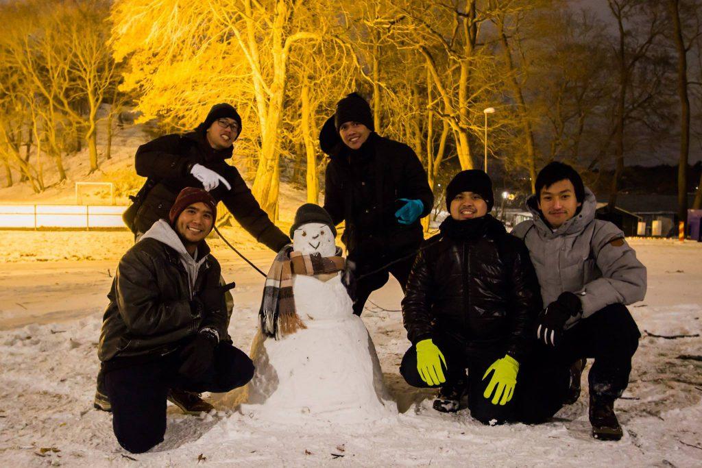 Mahasiswa Indonesia di Stockholm. dari kiri atas: Steve, Puja, Krisna, Martin dan Ian. Foto: Ian