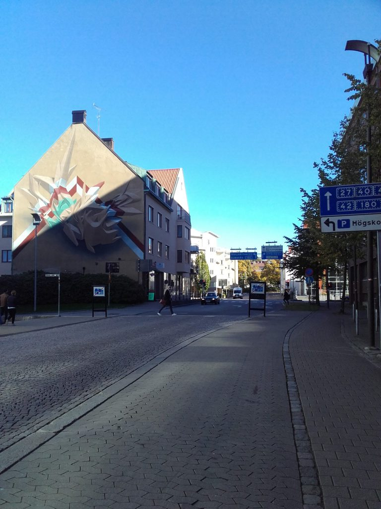 "Being ""alone"" in Borås"