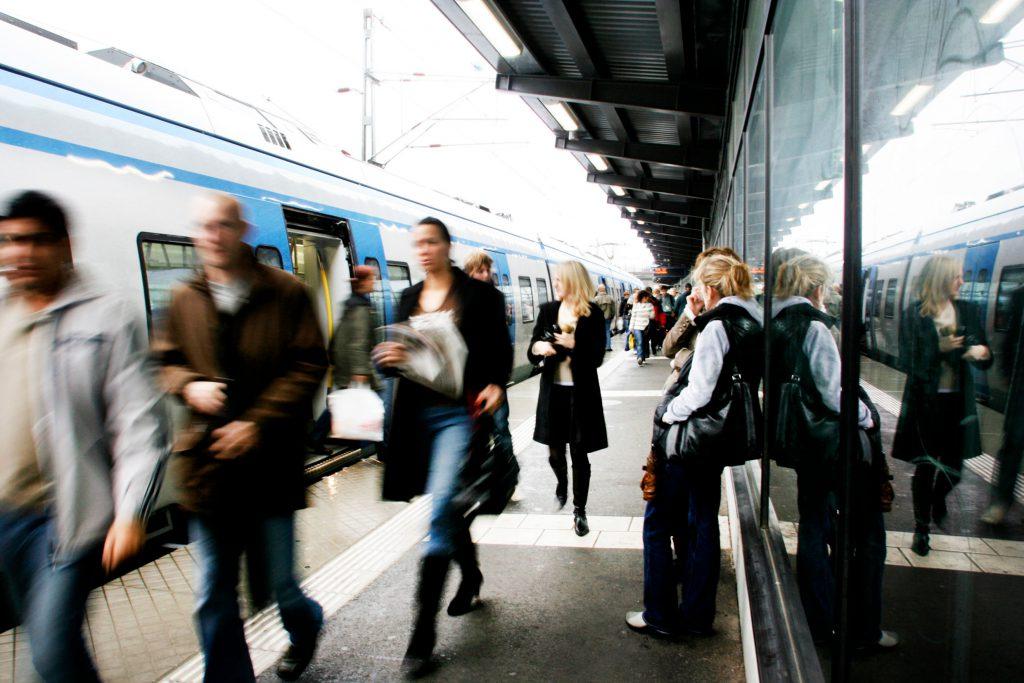 Transportasi umum di Swedia (Sumber: Aline Lessner/imagebank.sweden.se)